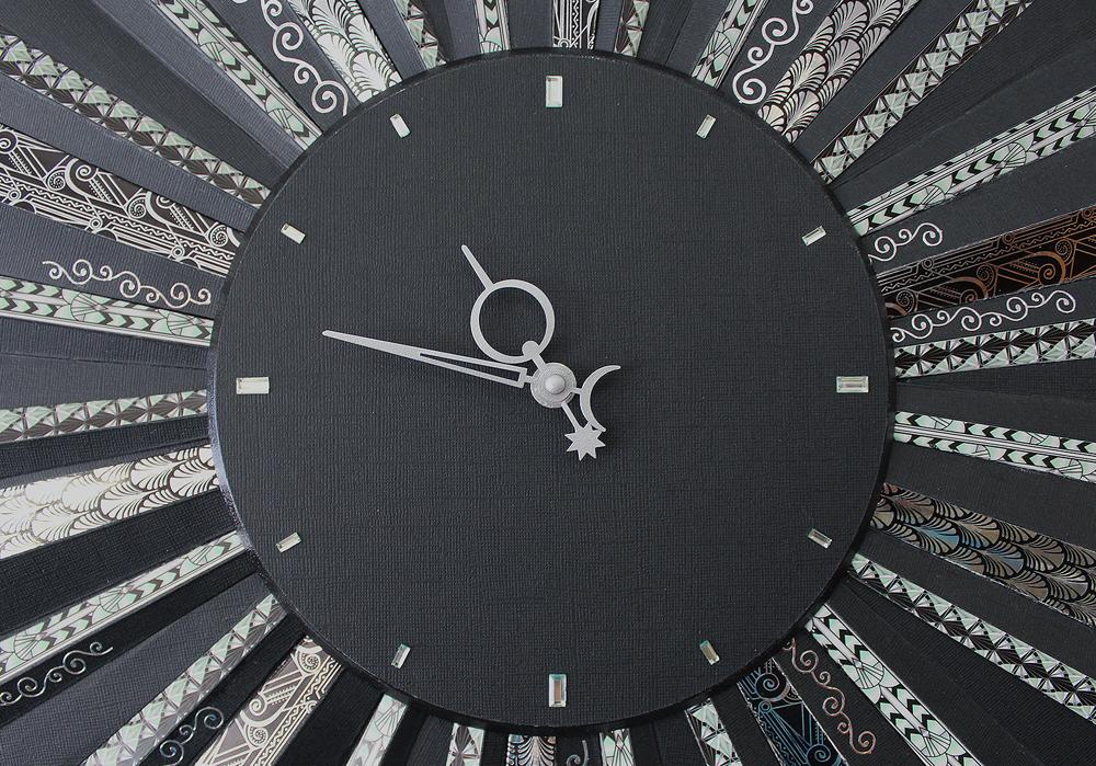 Часы в стиле Art-Deco